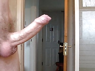 early morning hardon peeing man (gay) amateur (gay) big cock (gay)