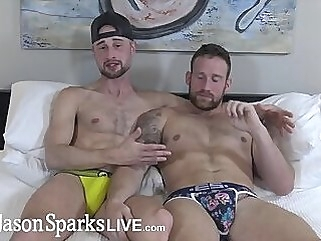 JasonSparksLive - Hung jock flip fucks bareback with beefy muscle stud kissing hunk big dick