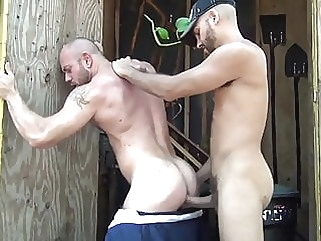 ANTONIO BIAGGI & MATT STEVENTS bareback (gay) bear (gay) big cock (gay)