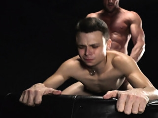 Little boy slave fucked bareback by master's huge daddy dick gays (gay) hd gays (gay) hunks (gay)